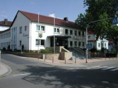 neu gestaltetes Rathaus